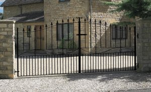 Picture of Metal Gates